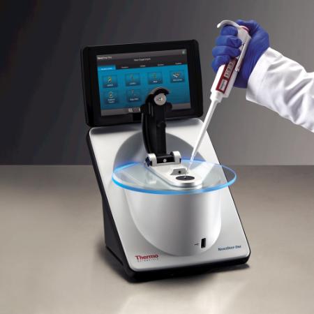 Thermo NanoDrop™ OneC 分光光度计